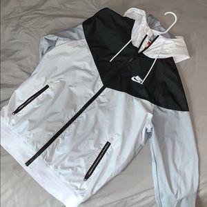 Nike Zip Windbreaker